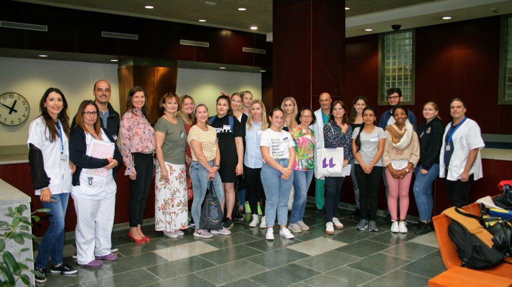 El Hospital de La Candelaria recibe a una delegación de estudiantes de enfermería de Finlandia