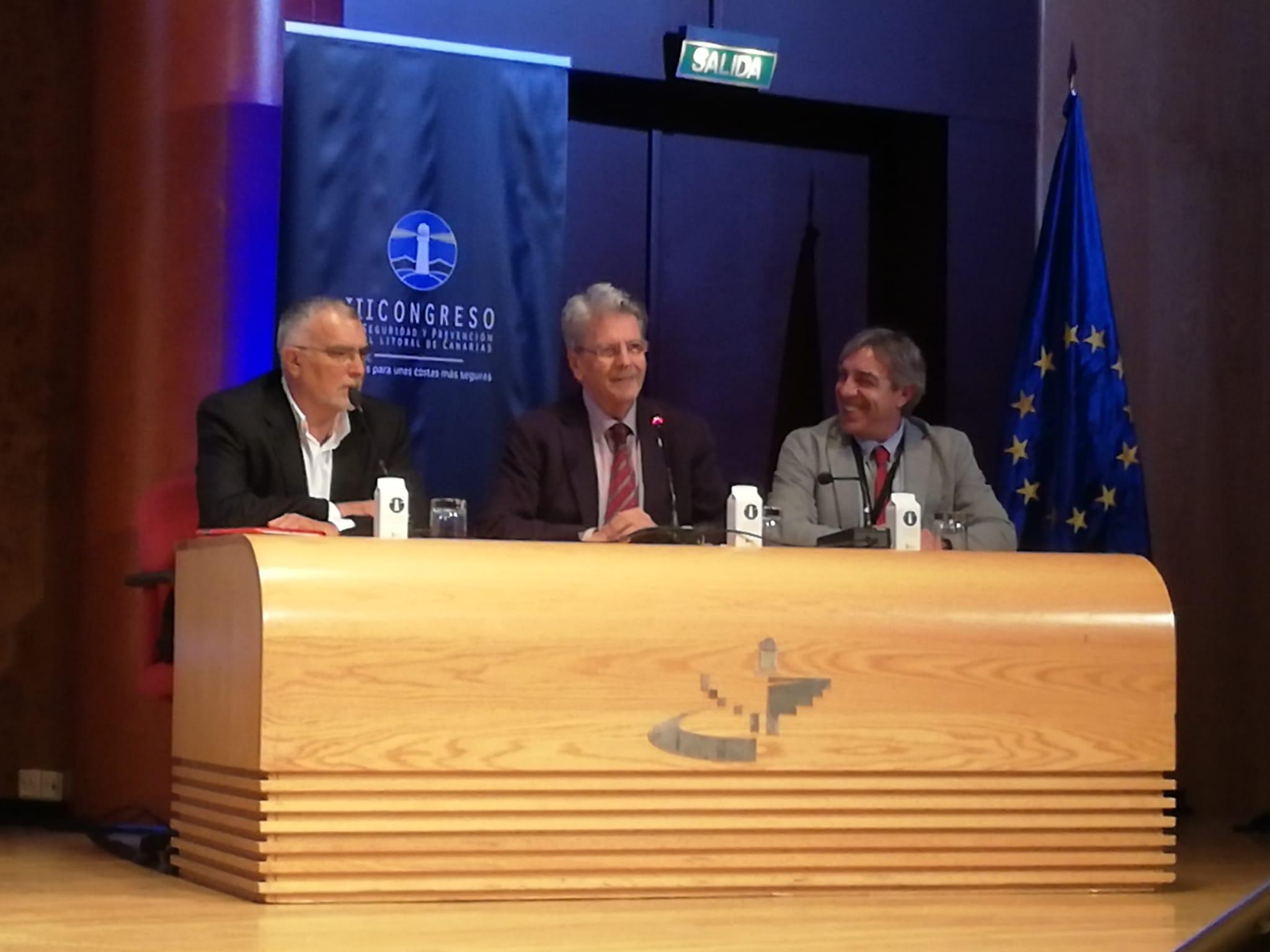 El consejero Julio Pérez clausura el III Congreso de Seguridad en el Litoral