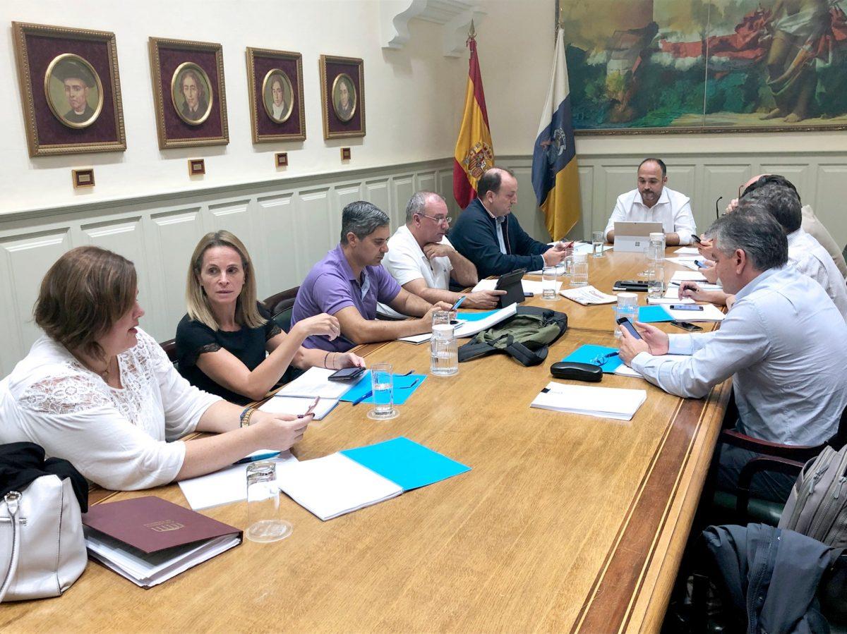 Reunión José Antonio Valbuena con grupos parlamentarios