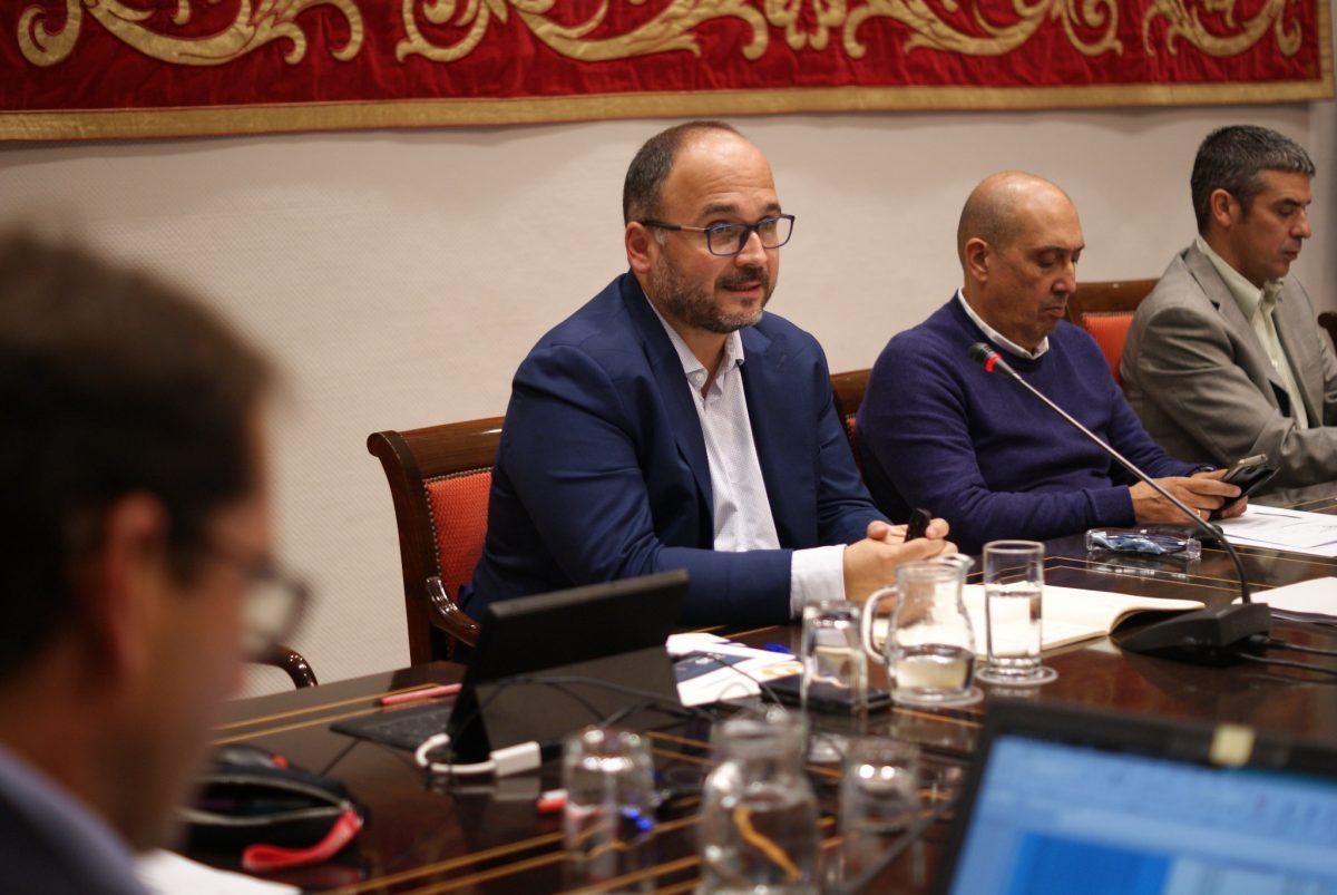 José Antonio Valbuena en la presentación de los presupuestos