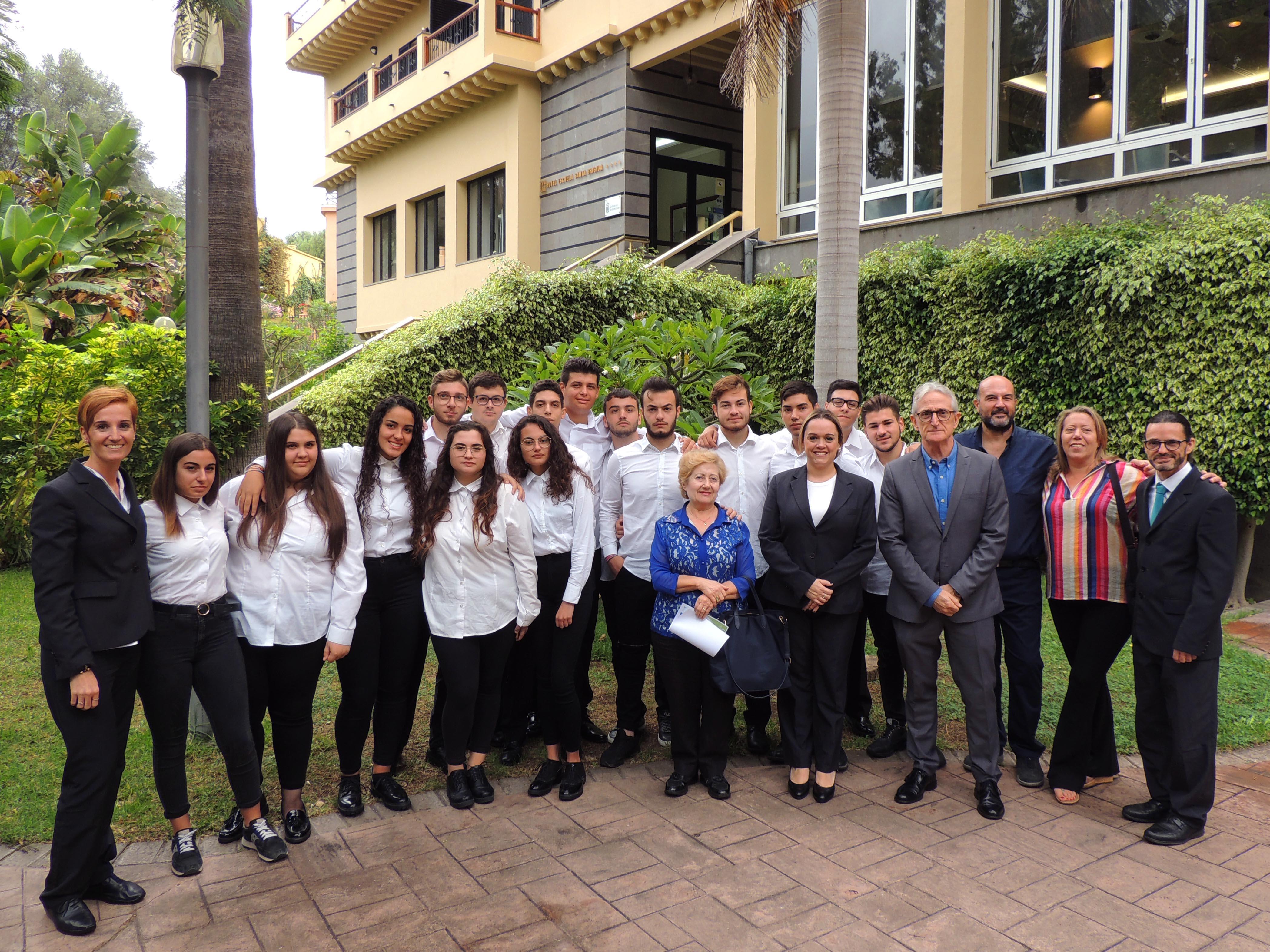 Hecansa forma a estudiantes italianos en sus instalaciones