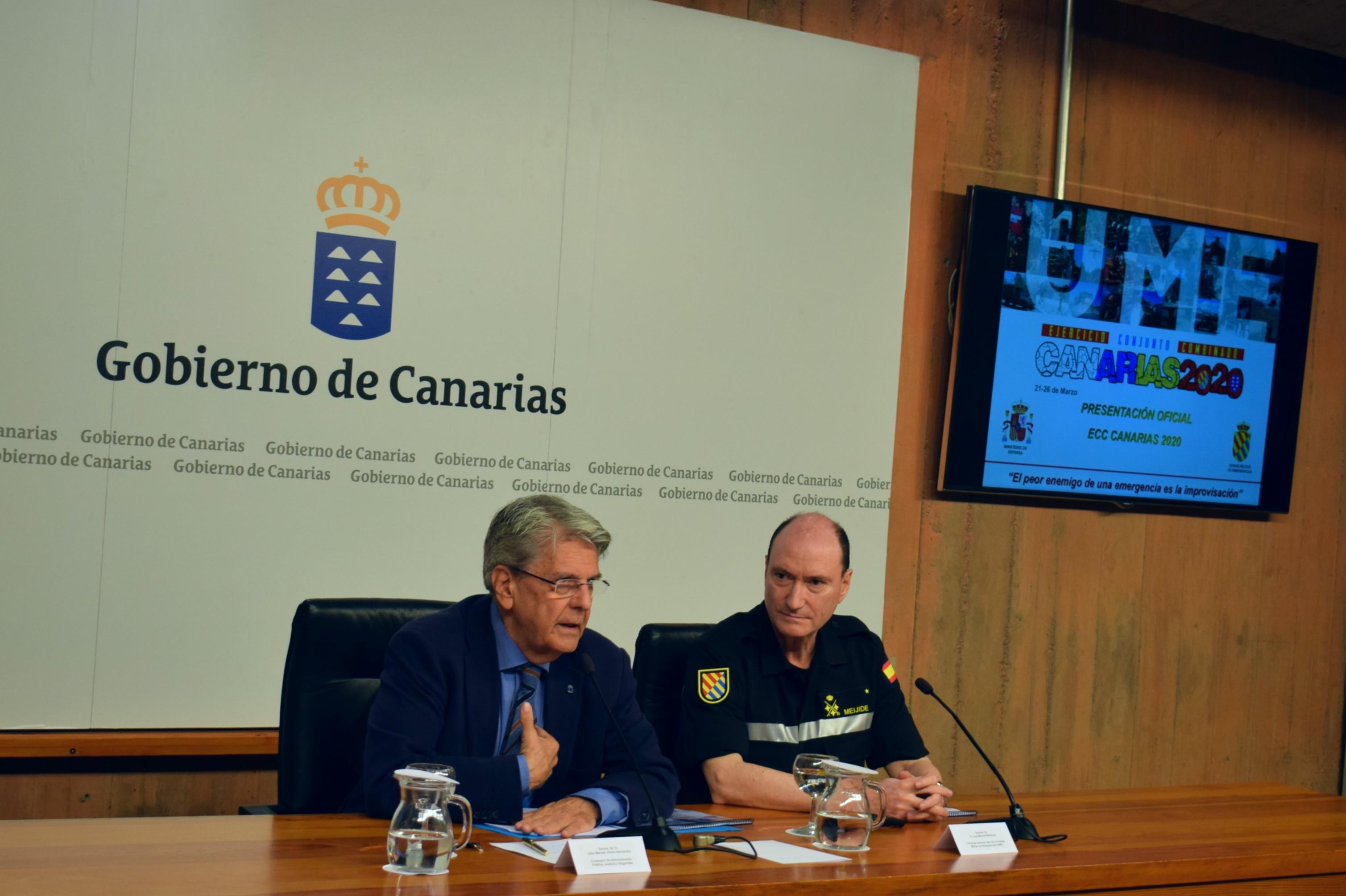 """Julio Pérez y Luis Manuel Martínez presentan el Ejercicio Conjunto Combinado """"Canarias 2020"""""""
