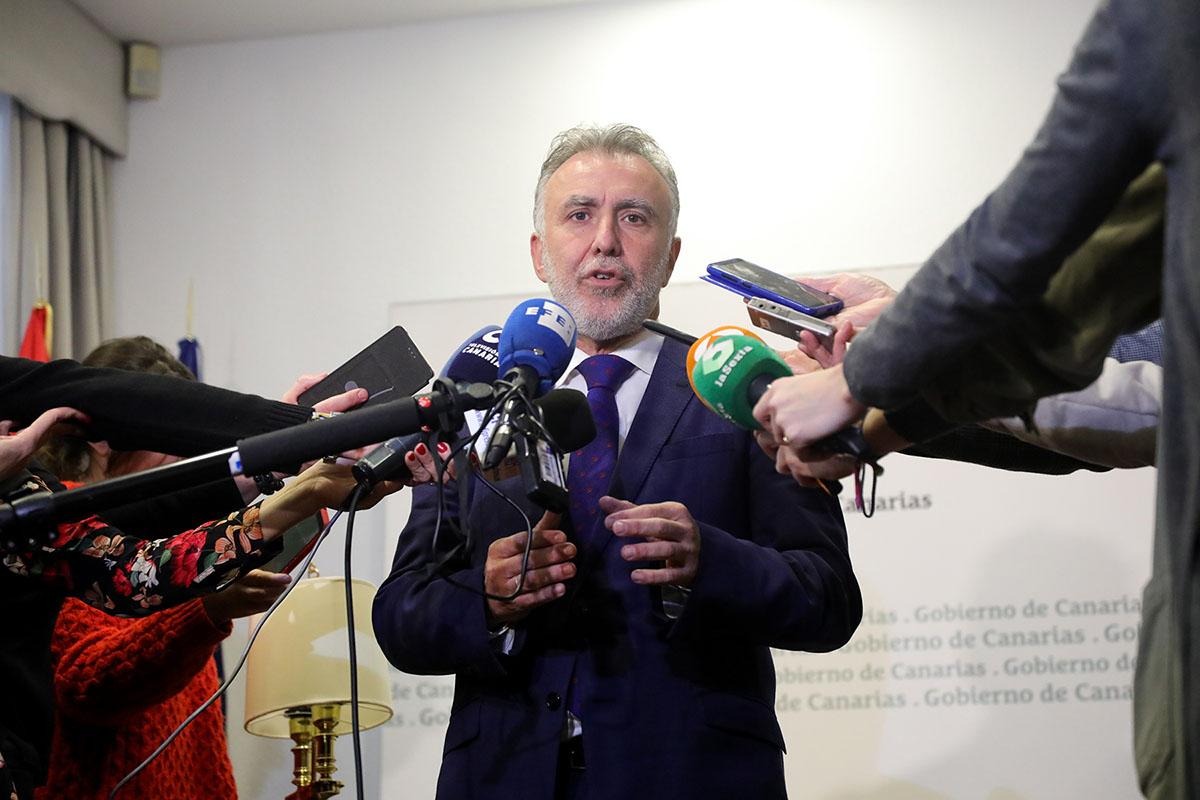 Ángel Víctor Torres Pedro Sánchez