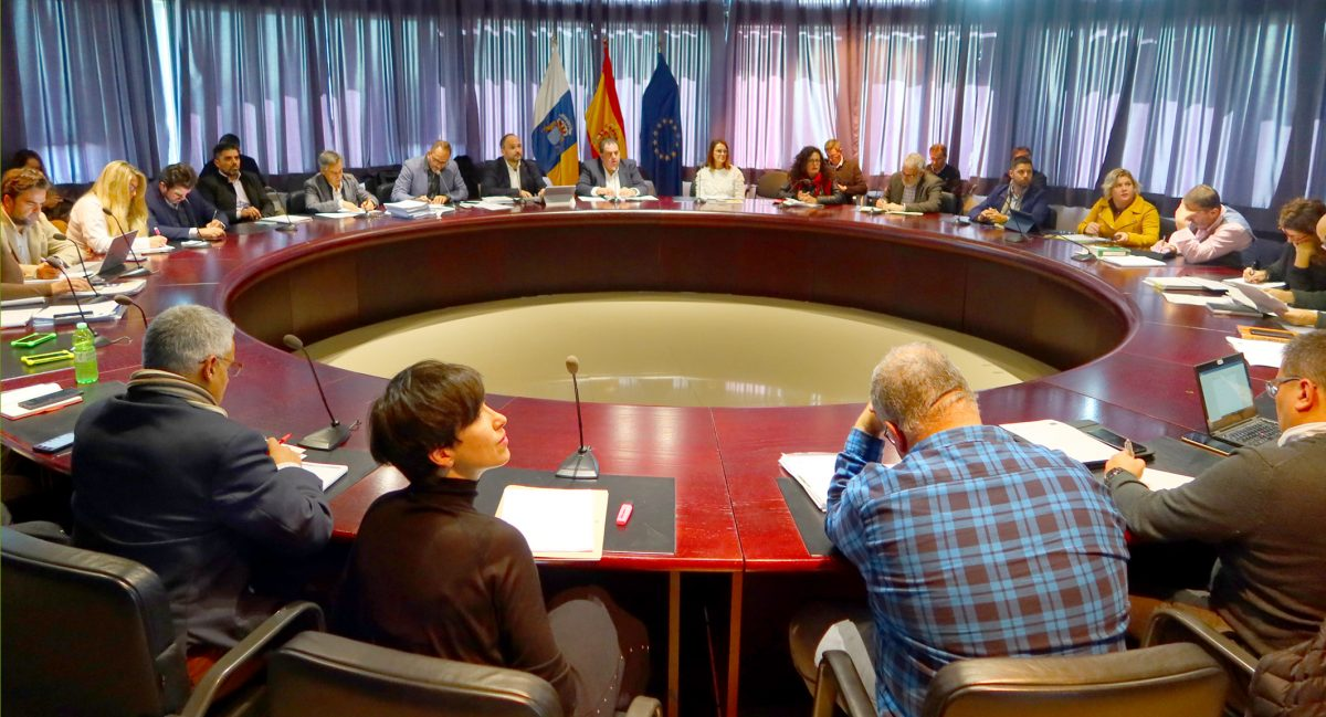 Reunión Canarias y Europa sobre residuos