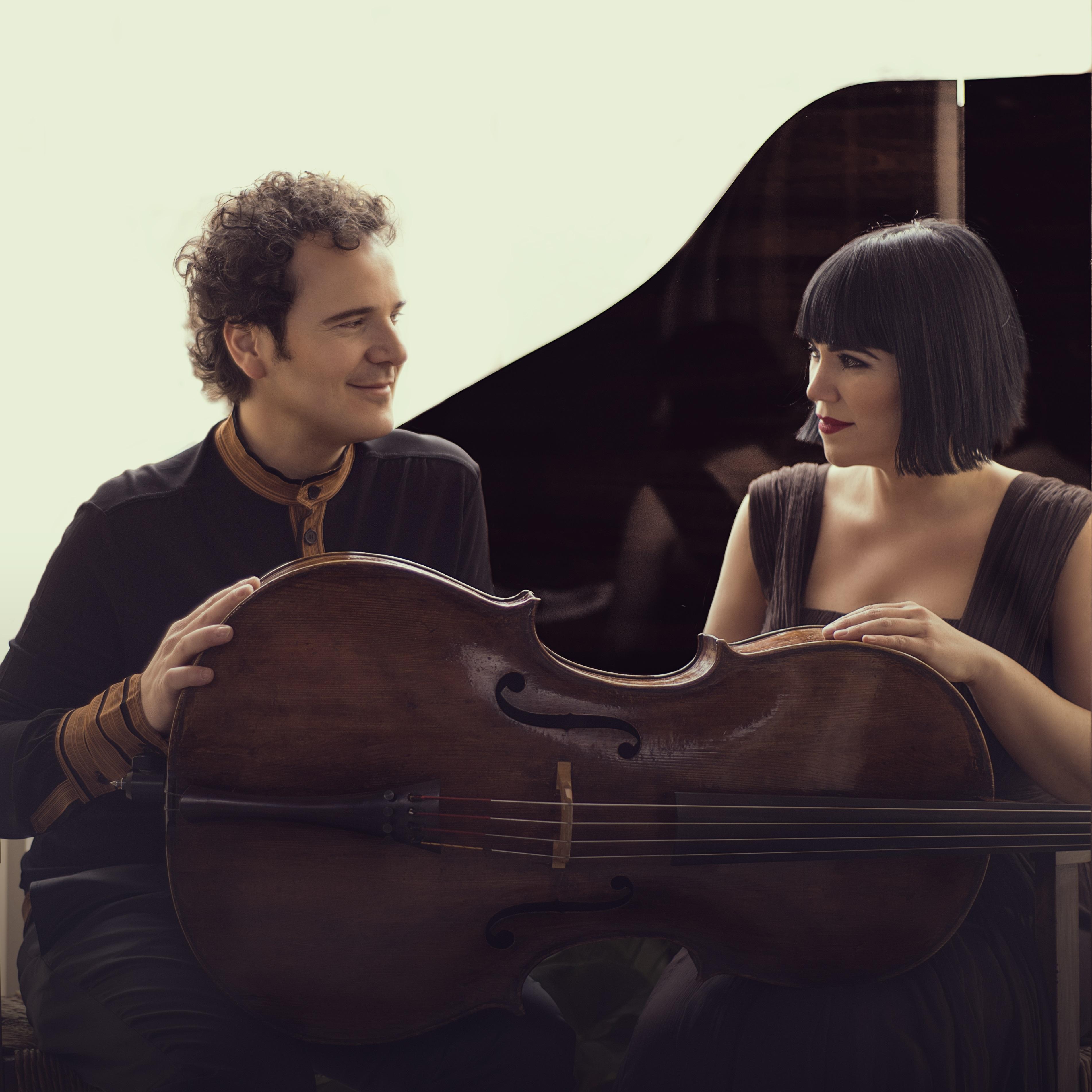 Dúo Cassadó: Damián Martínez y Marta Moll
