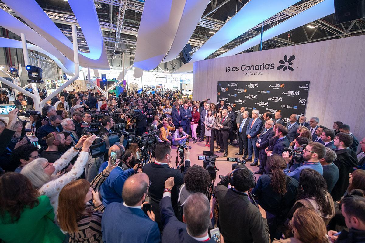 Ángel Víctor Torres inaugura Fitur 2020