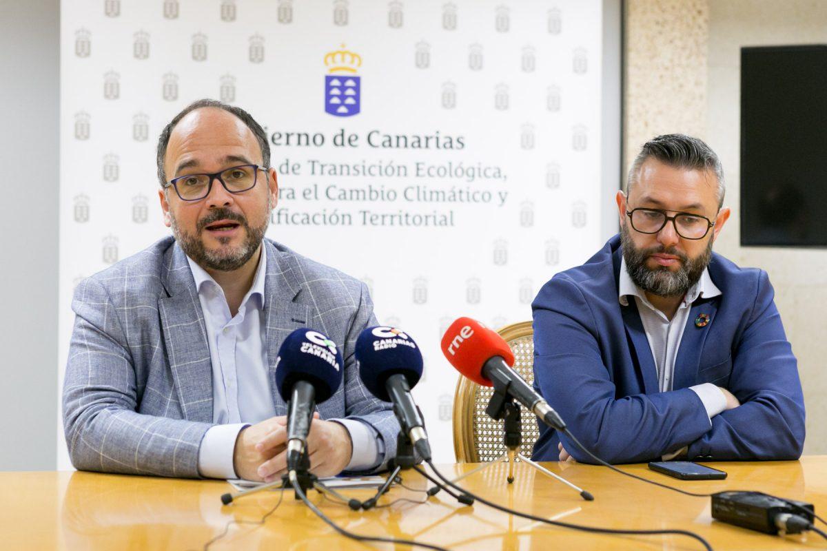 Valbuena y Pérez en rueda de prensa sobre plásticos