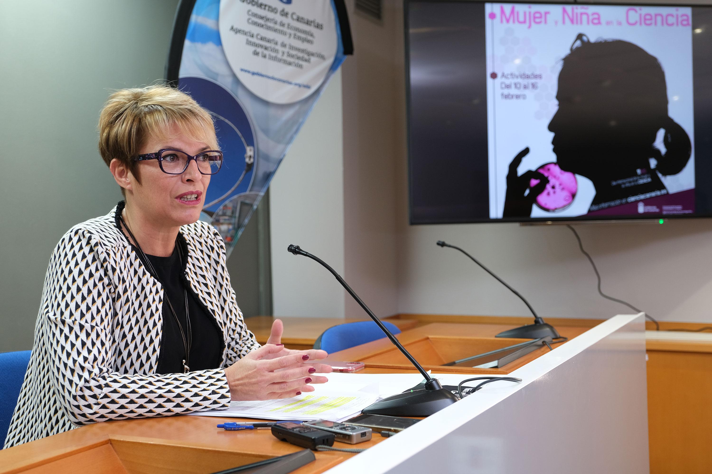Elena Máñez busca aumentar las vocaciones con 'Mujer y niña en la ciencia' para reducir la brecha de género