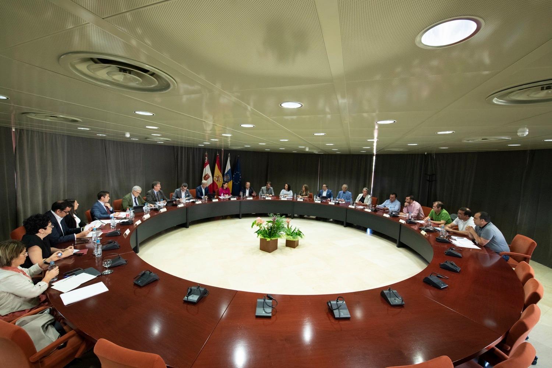 Reunión Yaiza Castilla y Curbelo