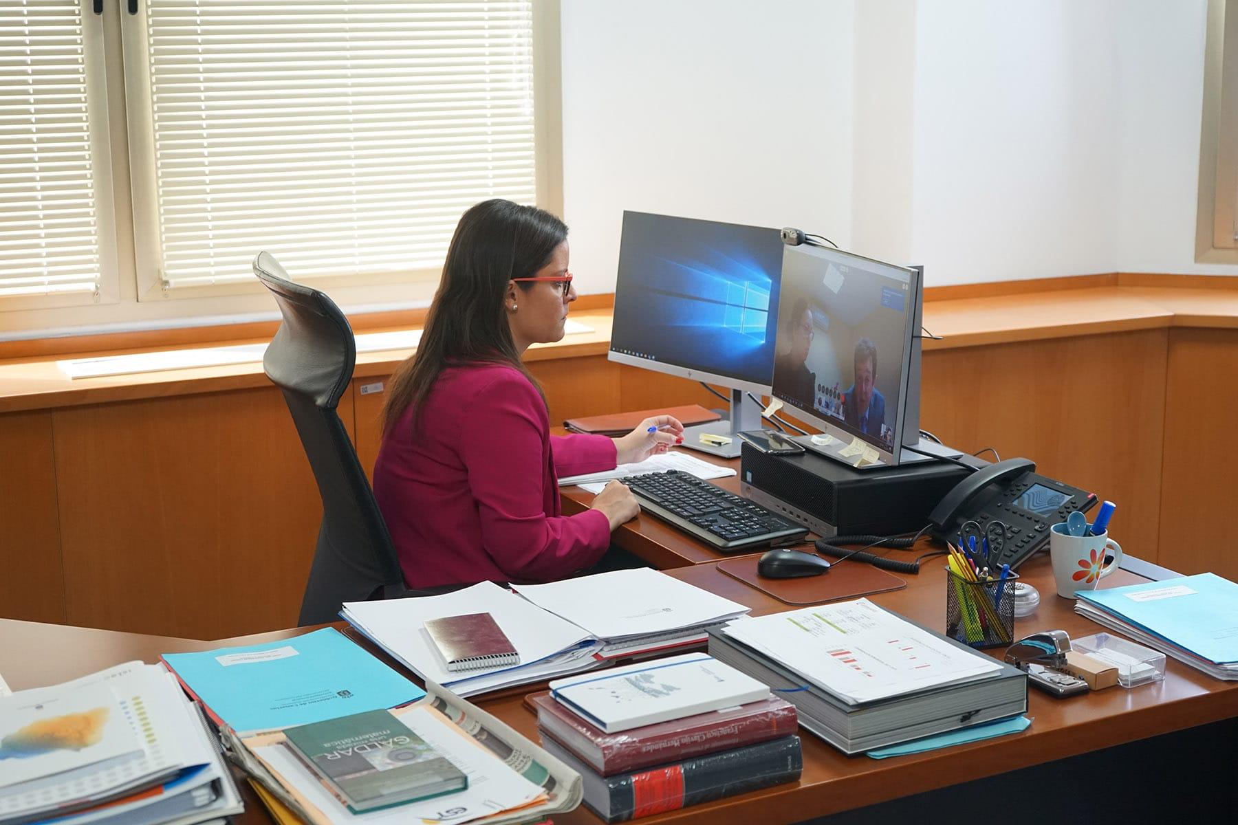 Yaiza Castilla en reunión con Asinca