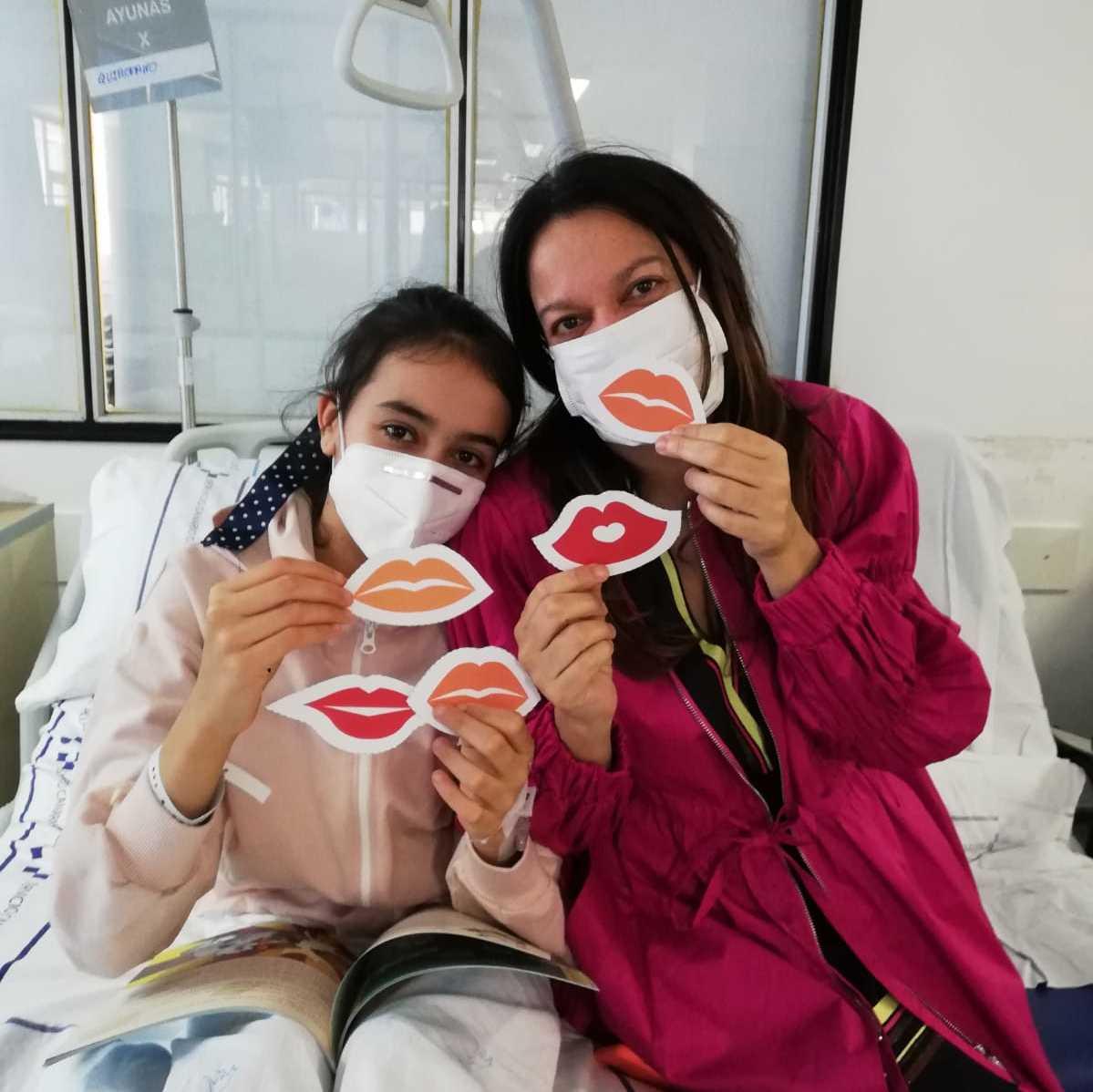 Besos desde el Hospital Materno Infantil-2