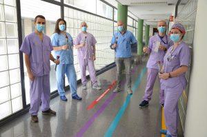 Enfermeros y enfermeras del Hospital Dr. Negrín
