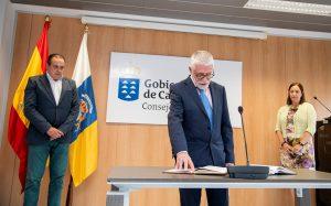 Alberto Pazos toma posesión como director del SCS