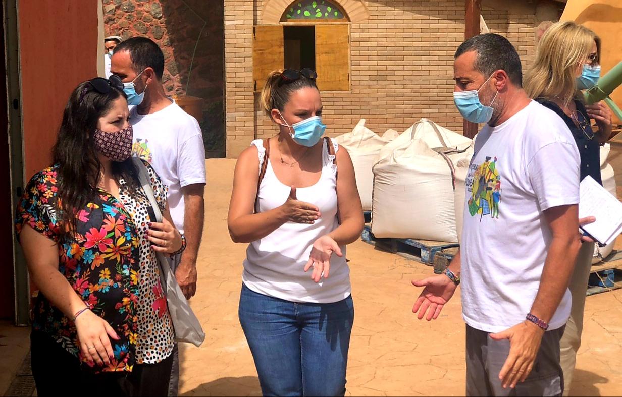 Noemí Santana reafirma el compromiso del Gobierno de Canarias con la juventud más vulnerable