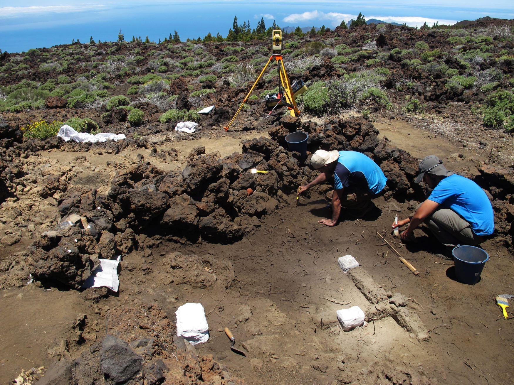 Excavación en el interior de la estructura