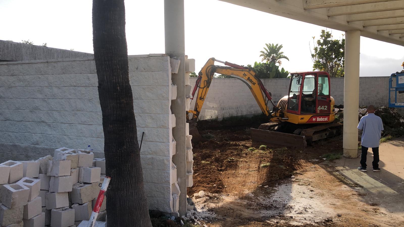Sanidad inicia las obras de un área independiente en el Hospital General de La Palma para realizar pruebas de COVID