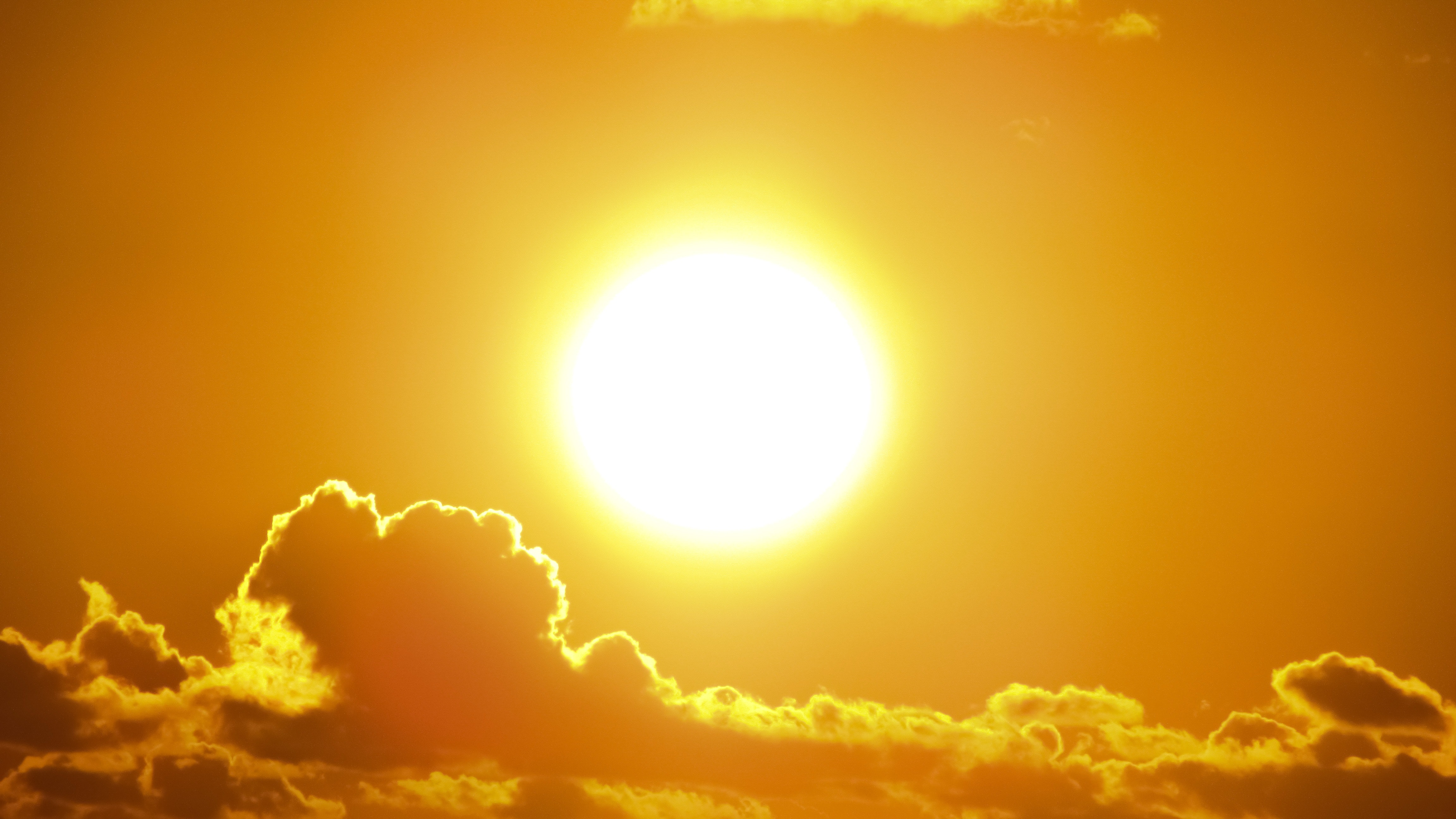 Sanidad recuerda las recomendaciones para prevenir los efectos del calor en la salud