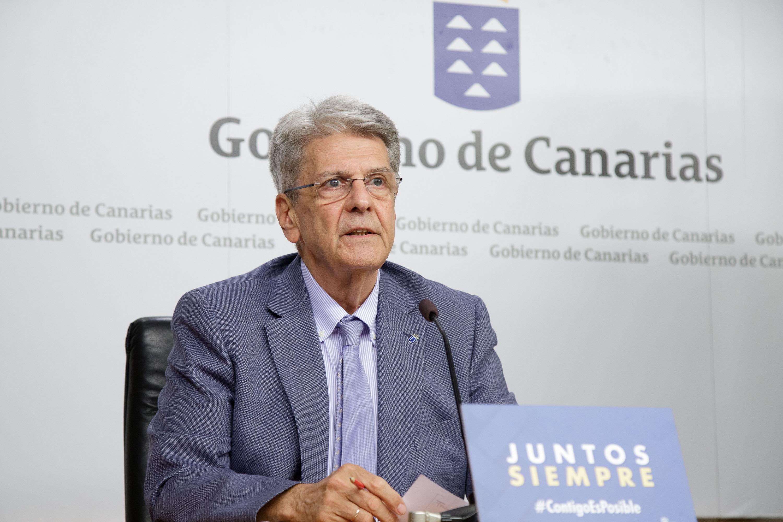 Julio Pérez, en la rueda de prensa del Consejo de Gobierno