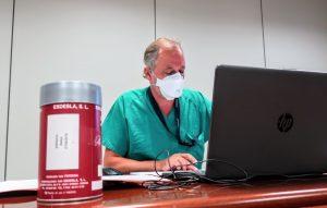Instante del encuentro digital centrado en las pruebas diagnósticas de COVID-19