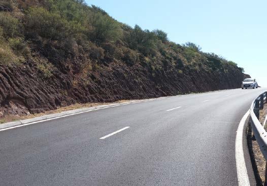 Obras Públicas adjudica la redacción del nuevo acceso al hospital de La Gomera y la mejora de un tramo de la GM-2