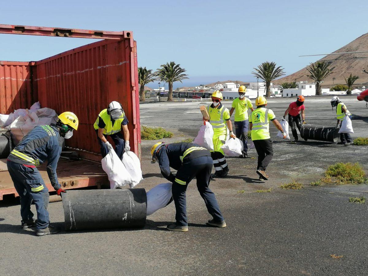 El Gobierno de Canarias culmina la recogida de residuos del Parque Nacional de Timanfaya