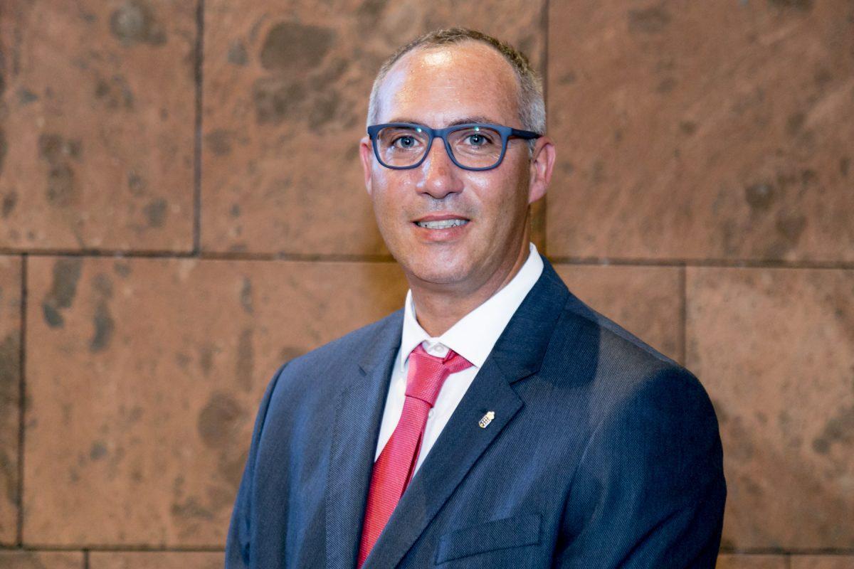 El director general de Aguas, Víctor Navarro