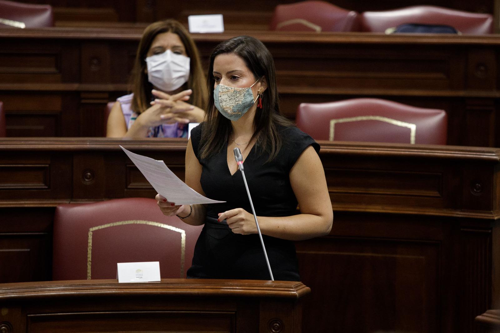 Castilla advierte de que obviar el control de viajeros peninsulares va en contra de la estrategia de destino seguro