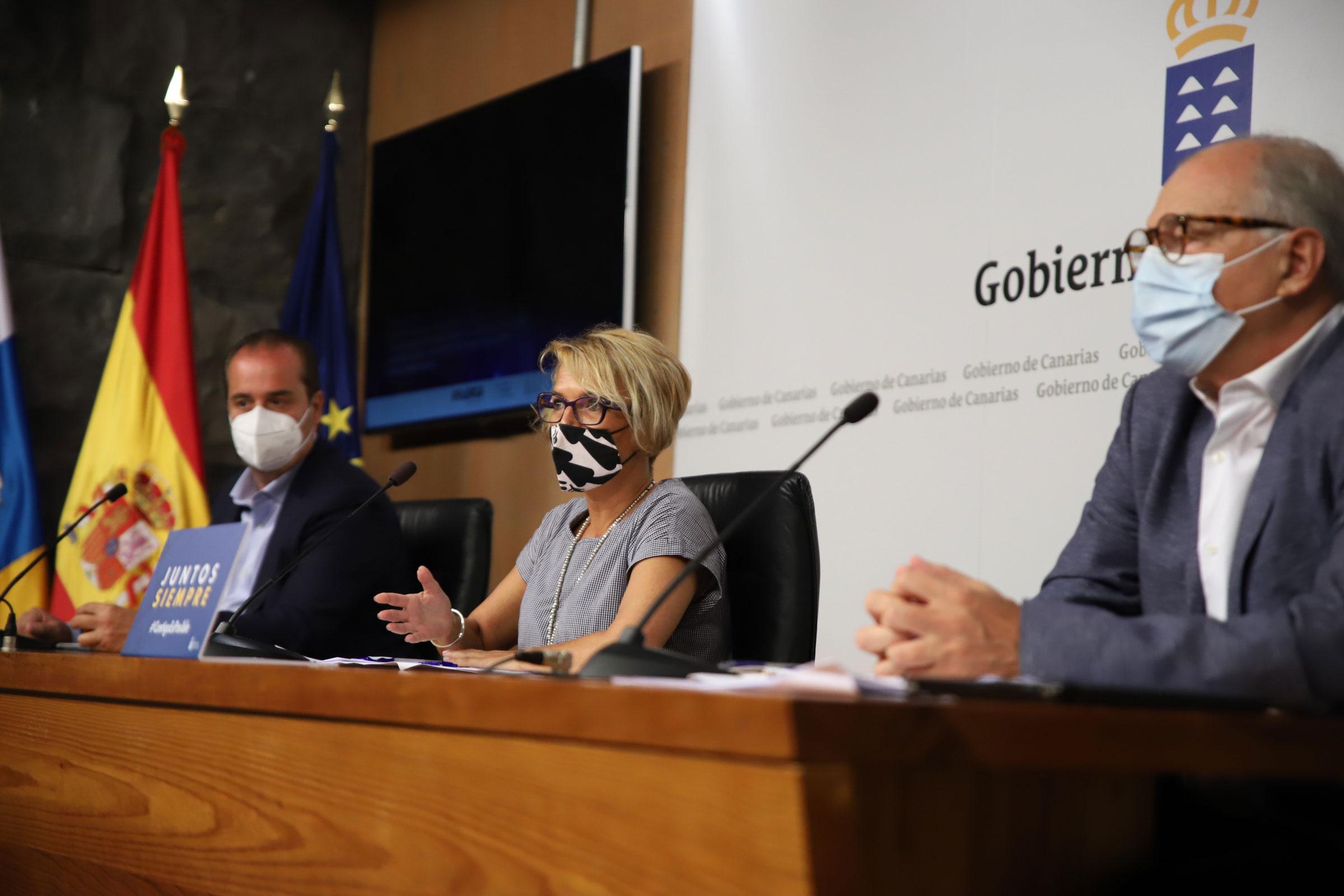 Monzón, Máñez y Pérez durante la comparecencia