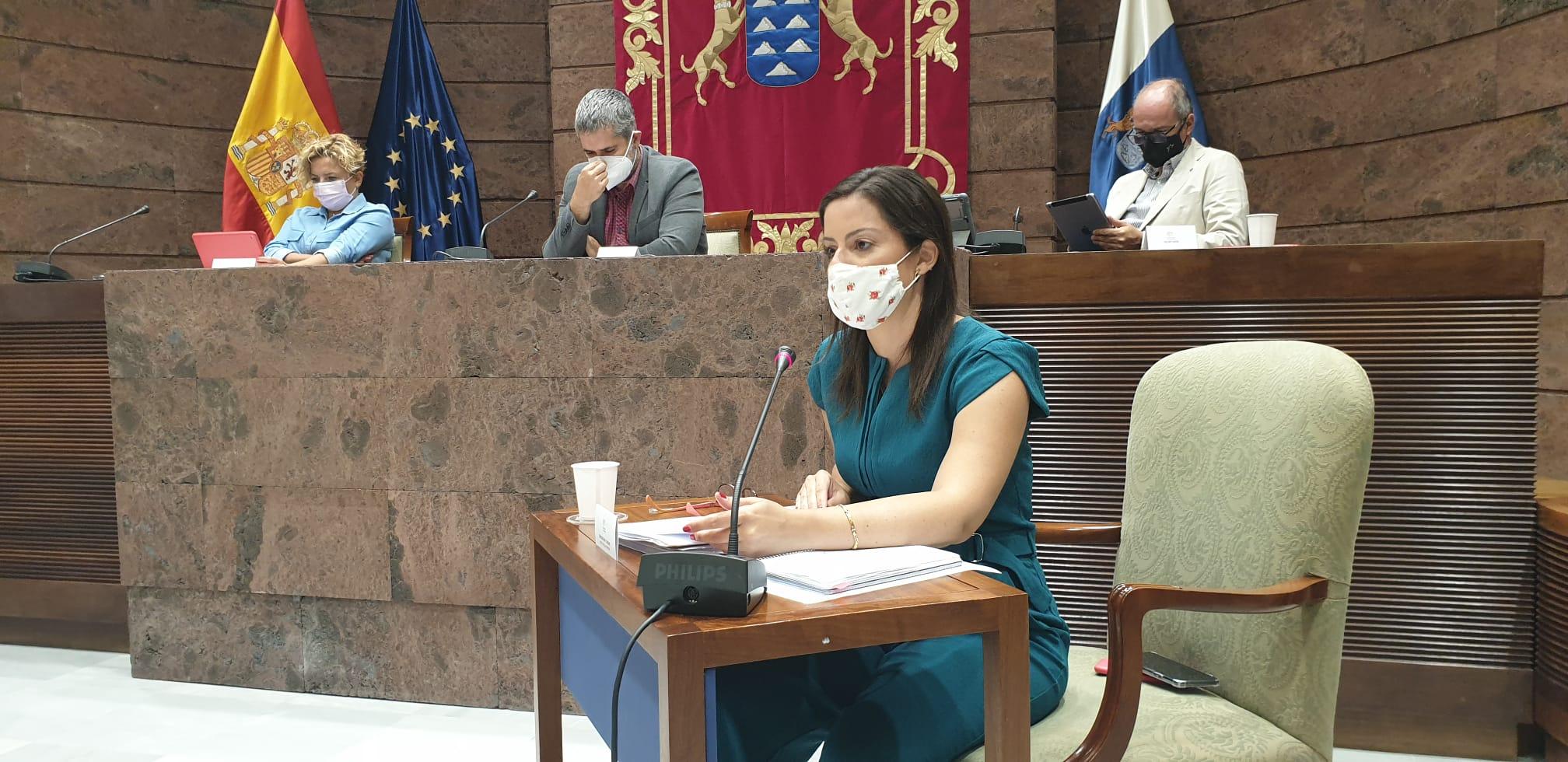 Yaiza Castilla en el Parlamento.