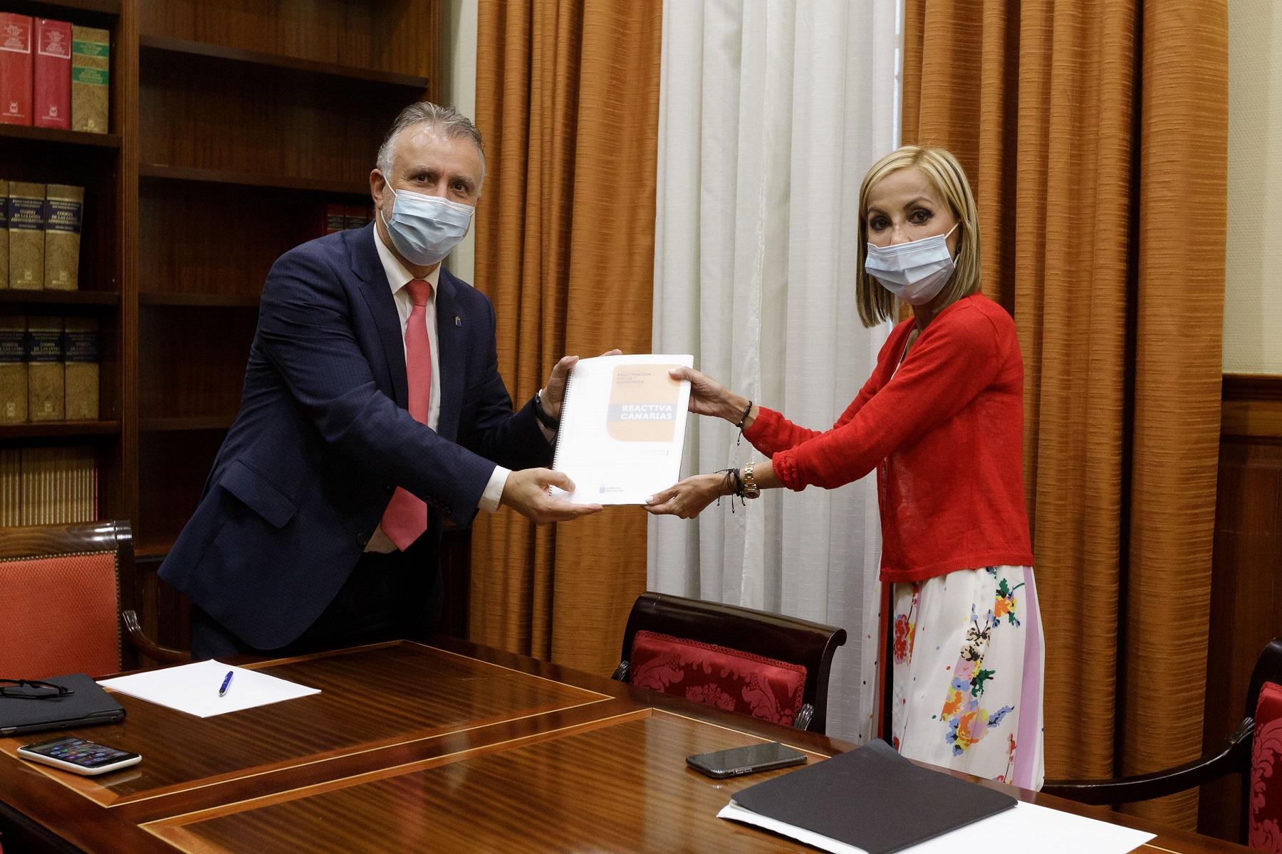 Torres sostiene que el Plan Reactiva Canarias cuenta con garantías económicas y anima a los partidos a un acuerdo unánime en el Parlamento