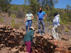Excavación horno de brea en Arico