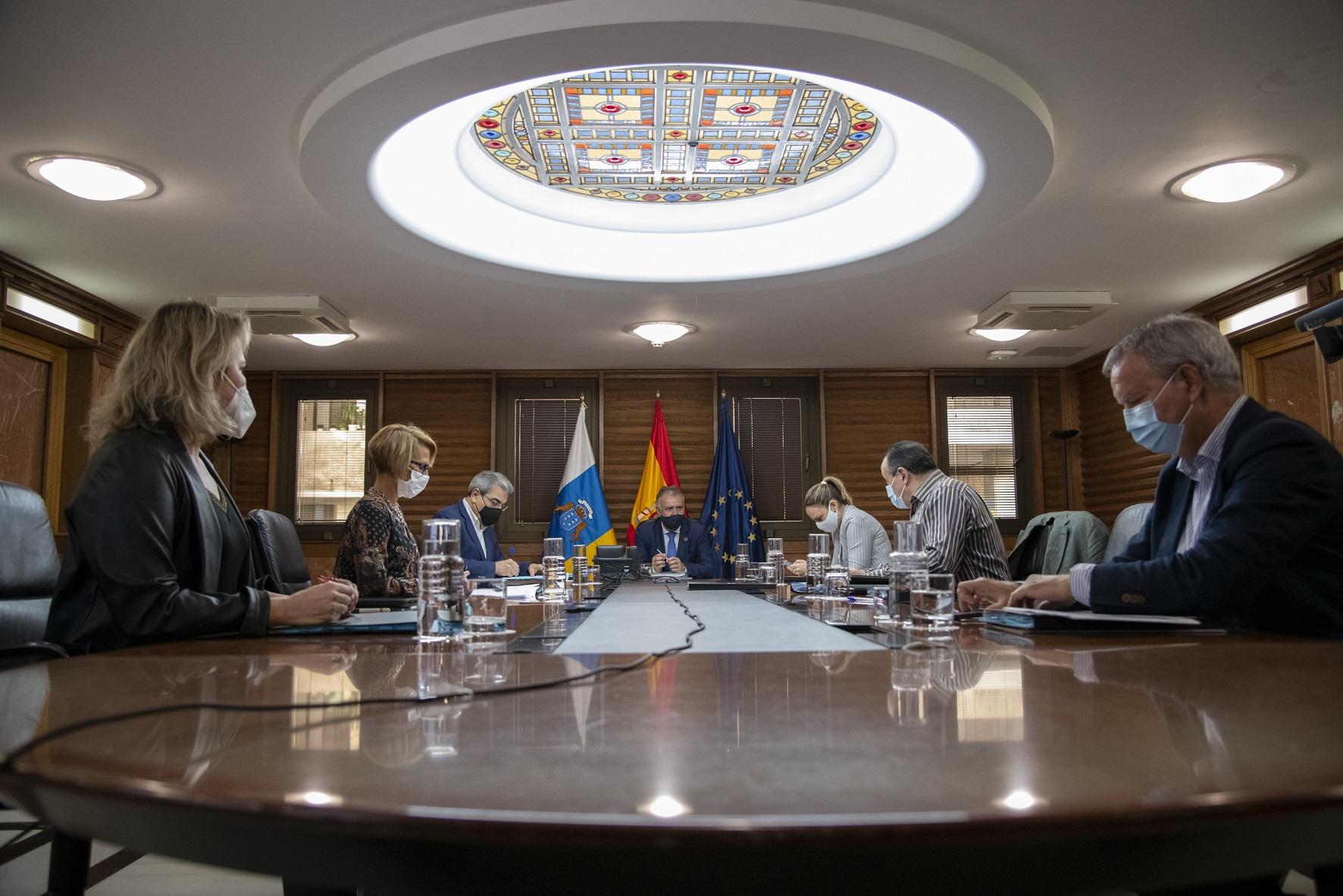 El Gobierno acuerda prorrogar hasta el domingo 10 de enero las medidas extraordinarias vigentes en Tenerife