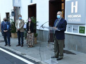 Inauguración del Hotel Escuela en La Gomera.
