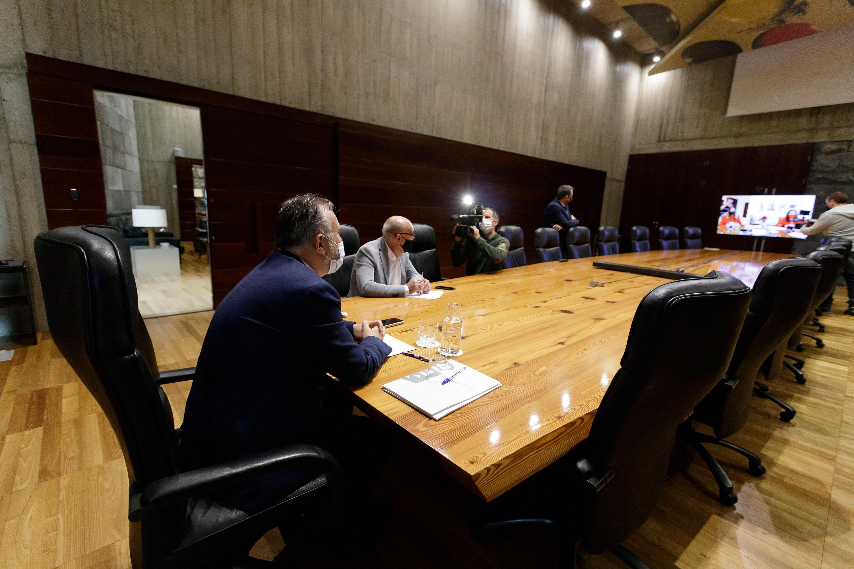 Reunión Canarias-Baleares