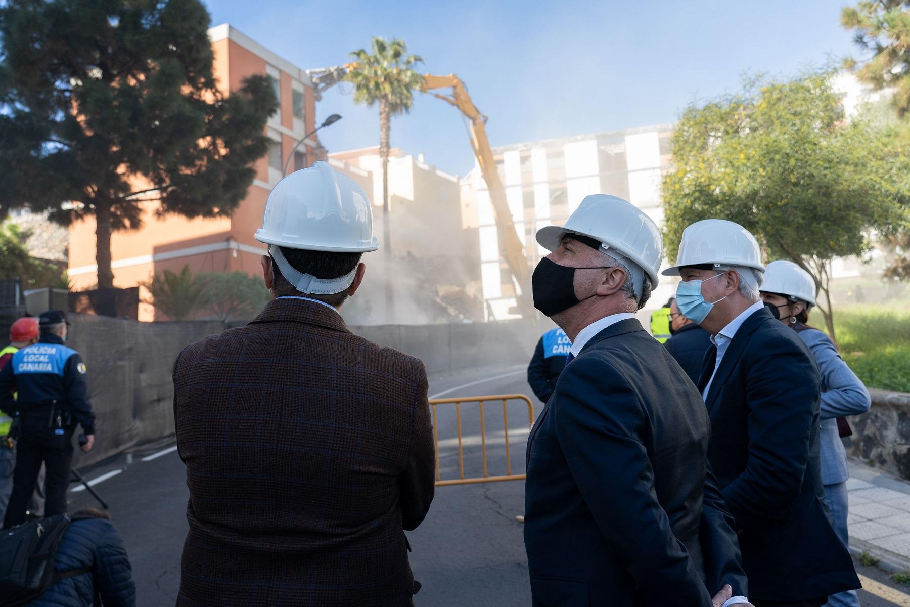 El presidente en el derrumbe de viviendas con aluminosis de Las Chumberas