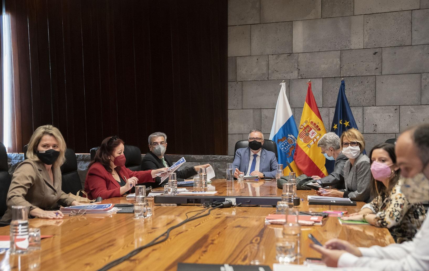 Economía informa al Consejo de las ayudas cercanas a 30 millones del Programa Extraordinario de Empleo