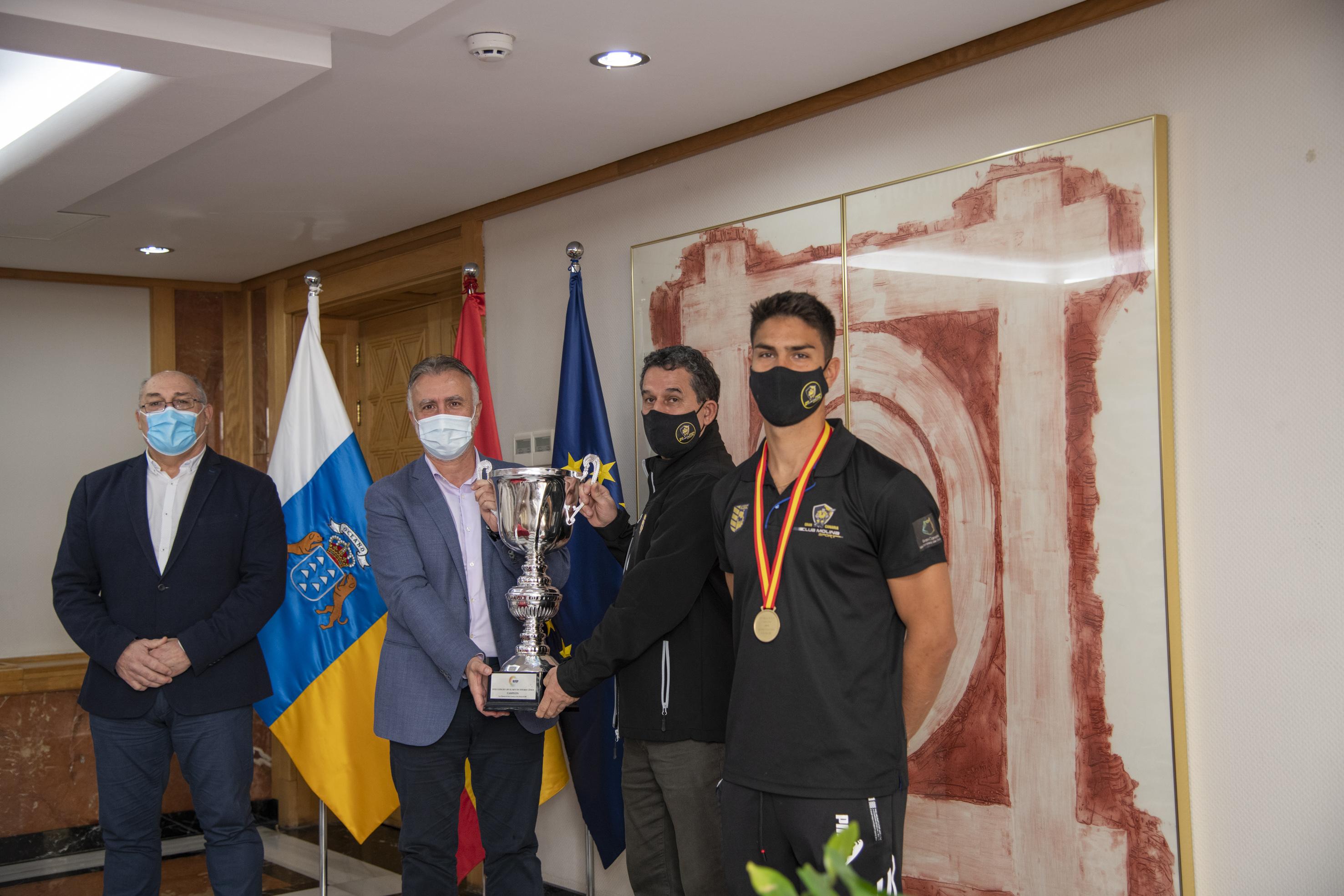 Torres recibe al Club Molina Sport Gran Canaria tras proclamarse campeón de la Copa del Rey 2021 de hockey línea