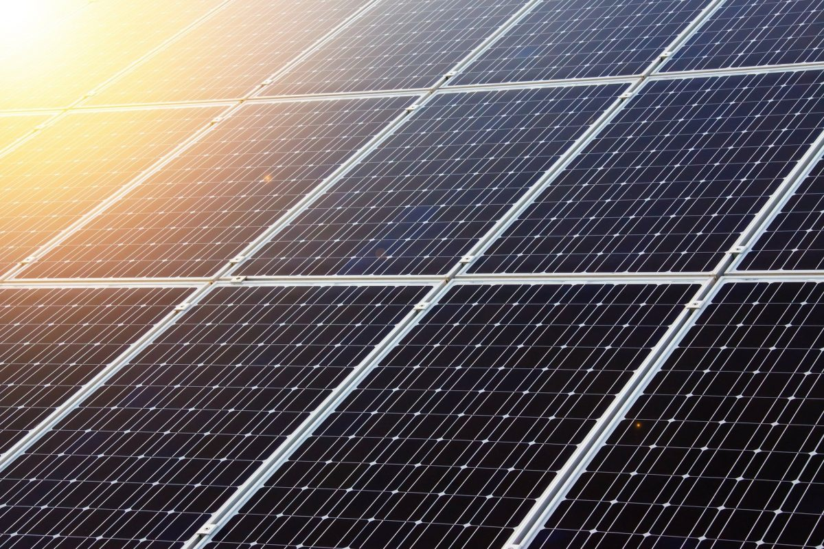 El Gobierno canario comparte con los cabildos las estrategias del Plan de Transición Energética