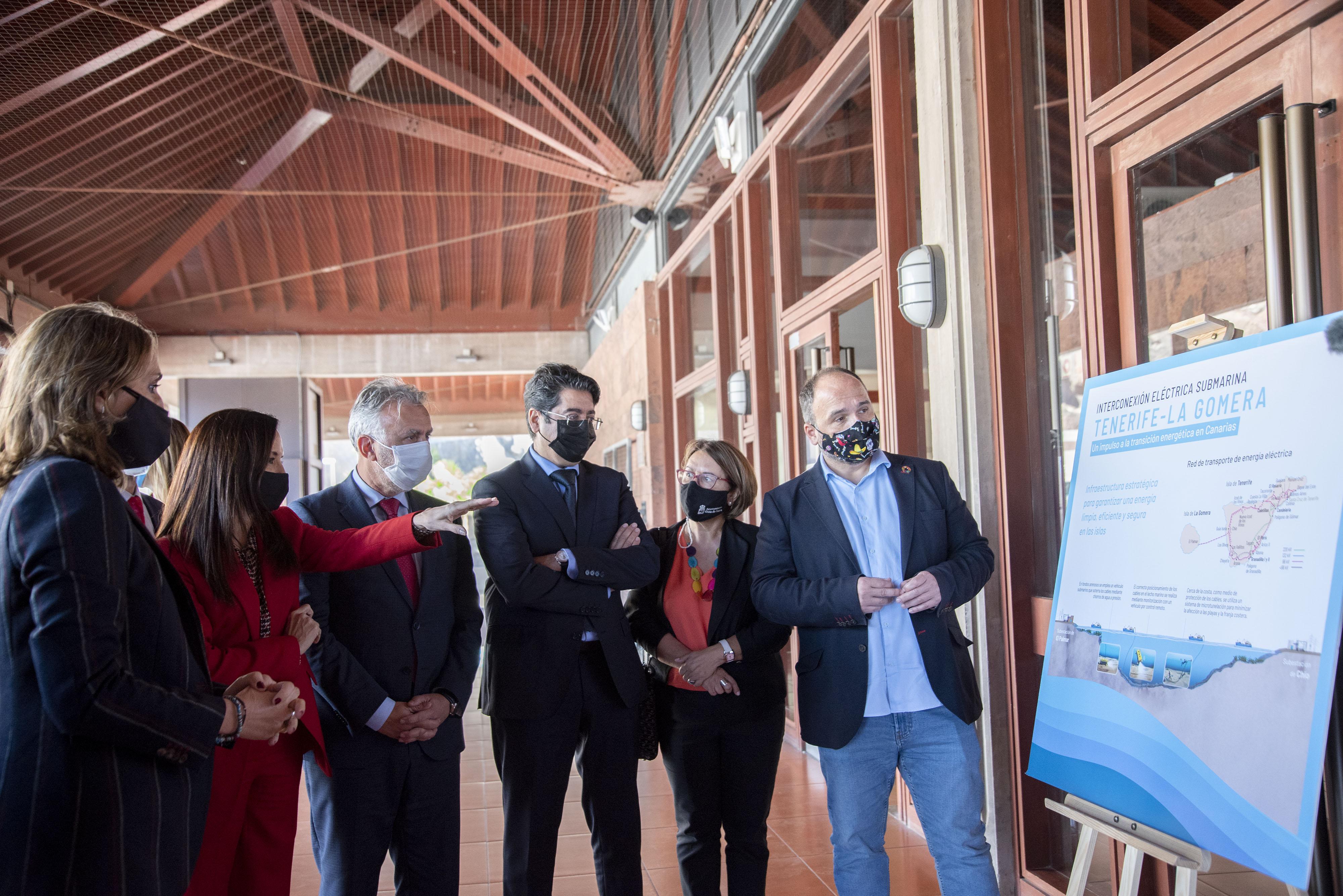 """Torres: """"La interconexión eléctrica submarina Tenerife-La Gomera es un gran impulso a la transición energética"""""""