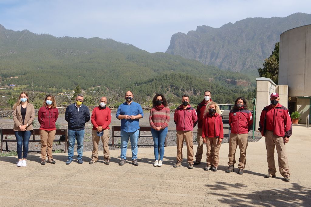 Foto de familia de la visita al Parque Nacional de La Caldera de Taburiente