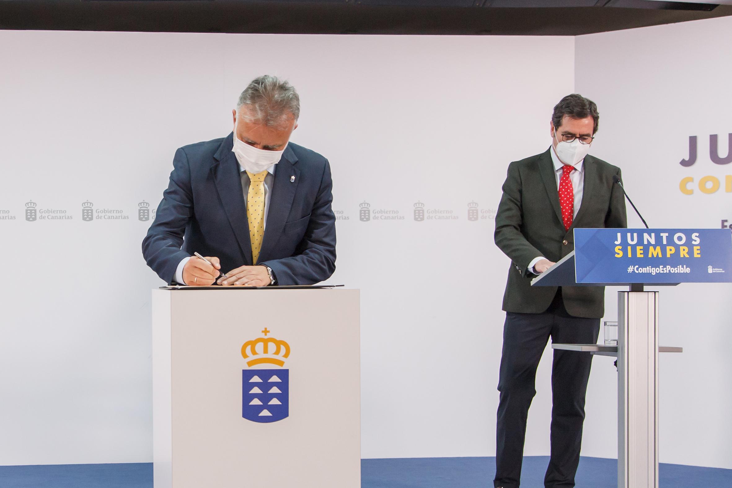 El Gobierno de Canarias firma con la Fundación CEOE el acuerdo de adhesión al 'Plan Sumamos Salud+Economía'