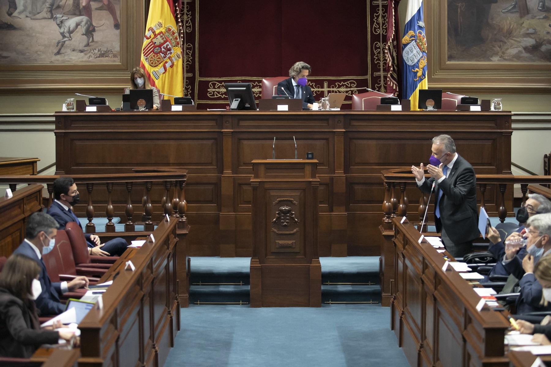 Intervención del presidente de Canarias en el Parlamento