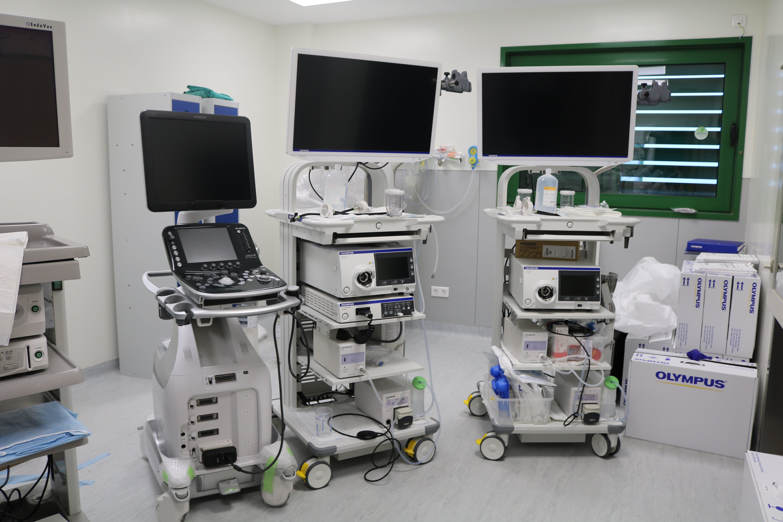 El Hospital Doctor José Molina Orosa renueva los equipos de endoscopia e incorpora aparatos de última tecnología