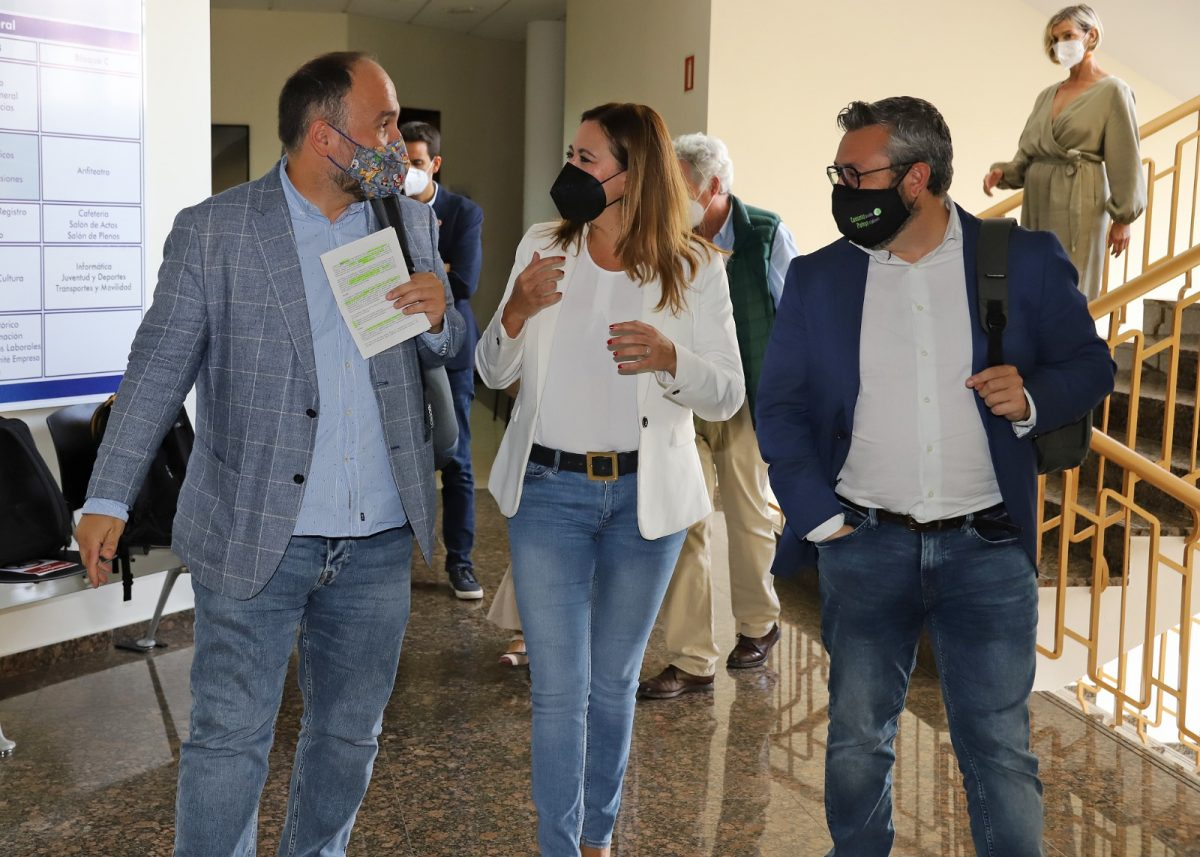 José Antonio Valbuena, Miguel Ángel Pérez y Dolores Corujo