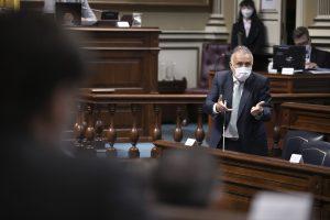 Torres anuncia que el lunes se aprobará la ayuda complementaria de los ERTE para 40.712 familias canarias