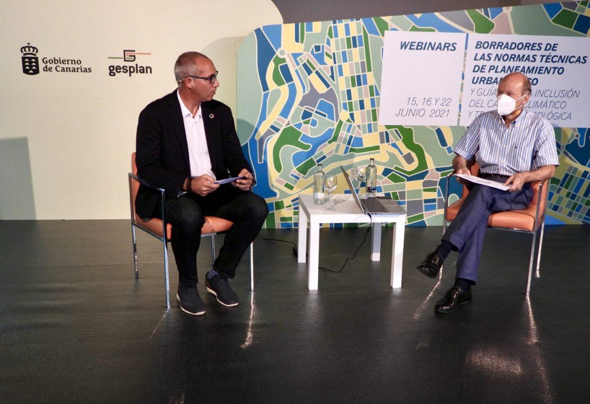 Víctor Navarro y un jefe de Servicio en la Jornada