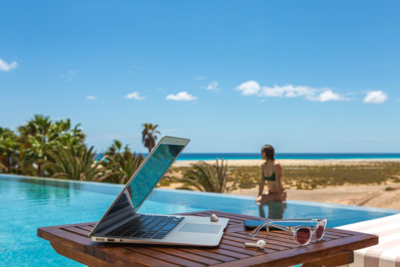 Turismo logra 31,5 millones de impactos en medios y redes sociales con su última acción para captar 'remote workers'