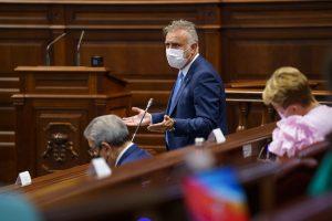 Torres resalta los logros de Canarias con el Estado, como los 1.144 millones por la COVID, el uso del superávit o la prórroga para materializar la RIC