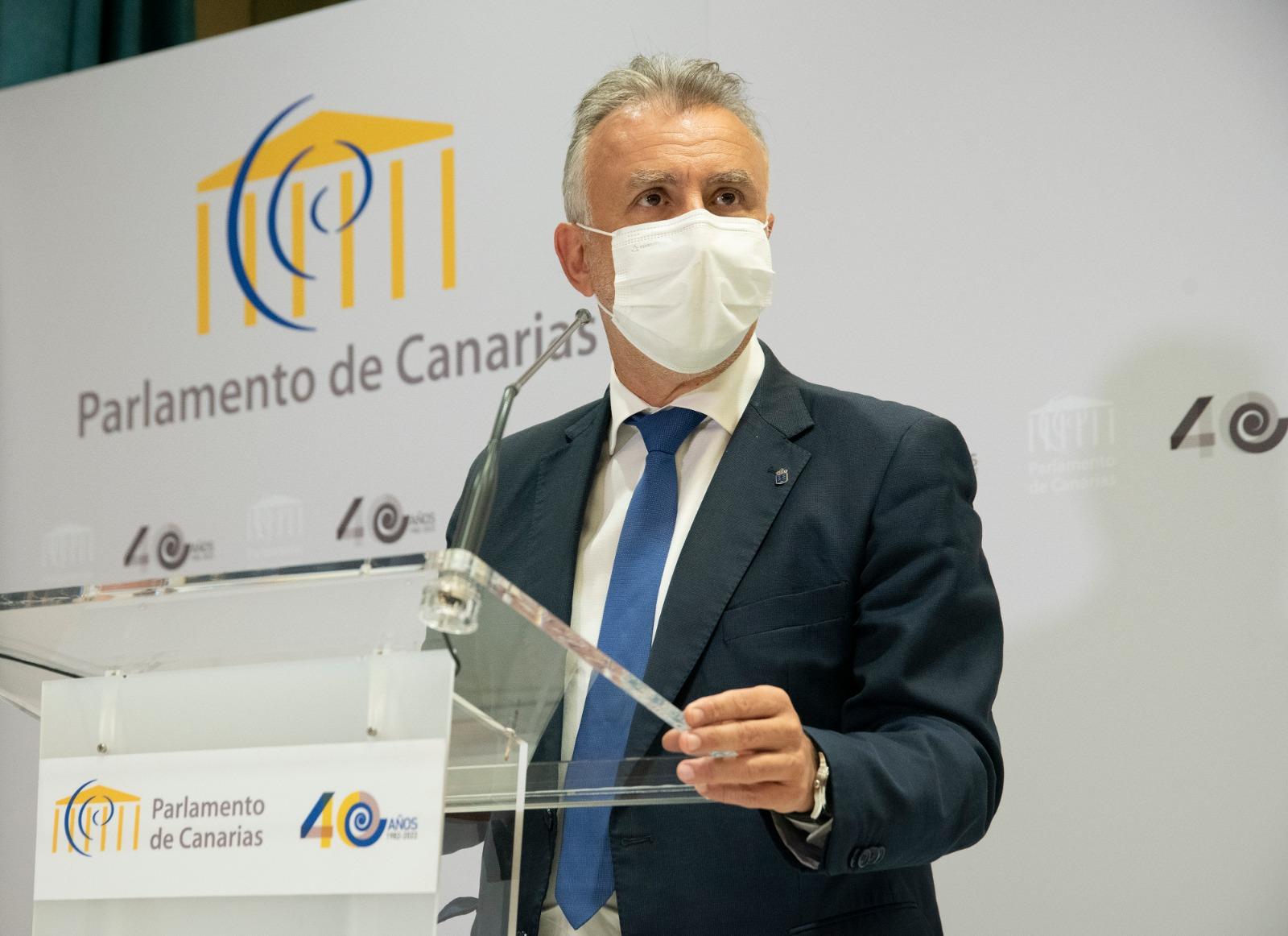 Torres pide un esfuerzo a todas las Administraciones para incrementar la vigilancia y frenar los contagios