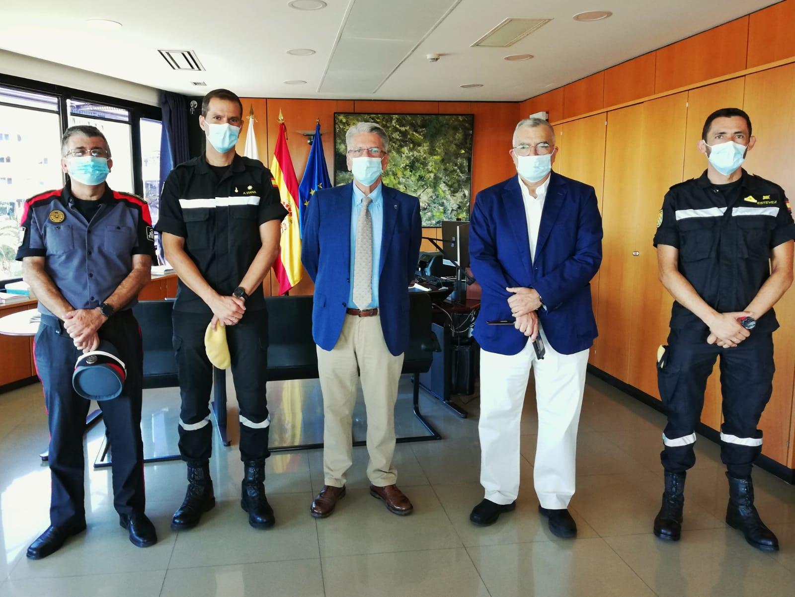 Pérez agradece la labor de Sergio A. Viana en su despedida como comandante jefe de la UME en Canarias